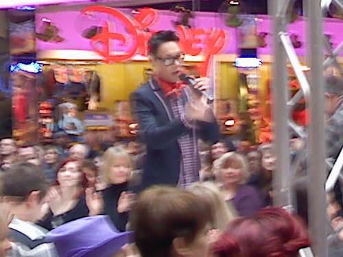 Gok talking